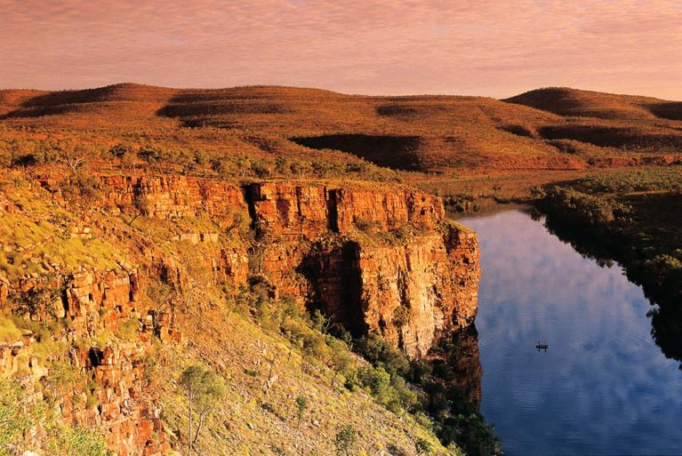 4 The Ord River, 320 km long & one of the most significant waterways in Australia. Enjoy recreational boating, fishing, water sports & birdwatching_ - Day 7