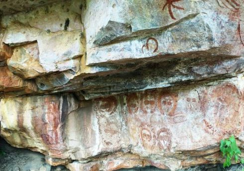 Traditional owners sought shelter from the rains under rock ledges. Aboriginal art is found throughout the Kimberley